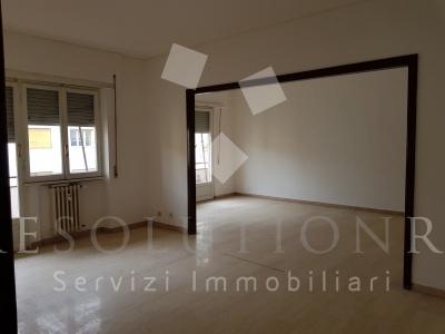 Roma,VIA M. MENGHINI,2 Camere da letto Camere da letto,6 Locali Locali,1 BagnoBagni,Appartamento,VIA M. MENGHINI,5,1010