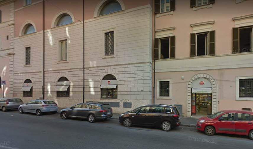 Roma,Cavour216 - 218,Supermercato / Minimarket,Cavour,1015