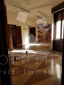6 Locali Locali,2 BagniBagni,Ufficio,Barberini ,2,1035