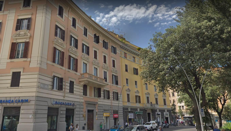 Roma,PIAZZA RE DI ROMA3,2 Camere da letto Camere da letto,4 Locali Locali,1 BagnoBagni,Appartamento,PIAZZA RE DI ROMA,5,1045